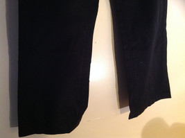GAP Black Khaki Pants One Back Pocket Zipper Button Closure Size 2 image 4
