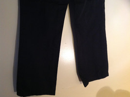 GAP Black Khaki Pants One Back Pocket Zipper Button Closure Size 2 image 7
