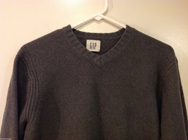 GAP Gray V-neck Sweater, NO Size Tag (see measurements below) image 3