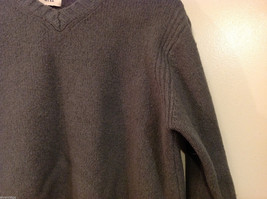GAP Gray V-neck Sweater, NO Size Tag (see measurements below) image 5