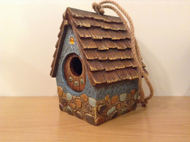 Garden Guardian Birdhouse Department 56 Choice of Green or Brown Roof image 3
