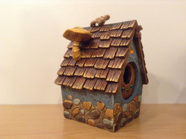 Garden Guardian Birdhouse Department 56 Choice of Green or Brown Roof image 8