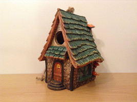 Garden Guardian Birdhouse Department 56 Choice of Green or Brown Roof image 12