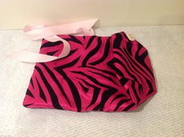 Handmade by Caroline Hallak Personal Touch Gift Bag Fuchsia Pink Black Velvet image 4