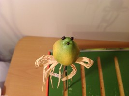 Home Grown Plant Pot Stick Pear  Bird  Play w your Food Sculpted image 6