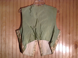 Gold and Green Floral Pattern 5 Gold Toned Button Closure Vest NO TAGS image 2