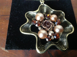 Gorgeous Gold Tone Flower Shaped Scarf Pendant Amber Crystals and Beige Beads image 2