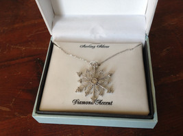 Gorgeous Sterling Silver Diamond Accent Snowflake Necklace Chain 18 Inches NIB image 9