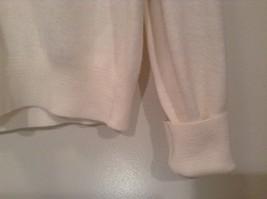 IZOD White V Neck 100 Percent Acrylic Long Sleeve Sweater Size Large No Tags image 4