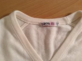 IZOD White V Neck 100 Percent Acrylic Long Sleeve Sweater Size Large No Tags image 9