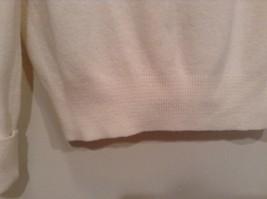 IZOD White V Neck 100 Percent Acrylic Long Sleeve Sweater Size Large No Tags image 8