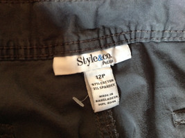 Gray Capri Pants by Style and Company Petite Size 12 Flower on Side image 6