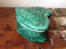 Green Grape Leaf Shaped Hand Crafted Artisan Ceramic Jar Trinket Box 2009 image 5