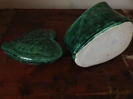 Green Grape Leaf Shaped Hand Crafted Artisan Ceramic Jar Trinket Box 2009 image 9