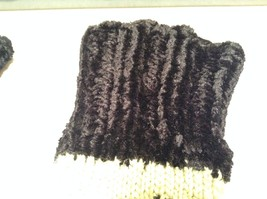 Green Black Fuzzy Woven Gloves Fingerless Very Soft Black Portion Hand Knitted image 3