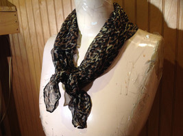 Green Tinted Leopard Print Square Fashion Scarf Light Weight Material NO TAG image 2