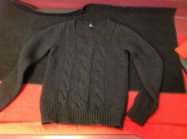 H & M long sleeve sweater color black for women image 2