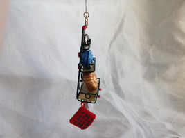 Hallmark Keepsake  2005 O Kitchen Rack Ornament Tie Attached image 2
