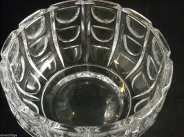 "Large 8"" diameter Geometric Patterned Heavy Cut Glass Serving Bowl Centerpiece image 3"