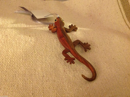 Hand carved multi colored grained wood gecko lizard  ornament double sided image 2