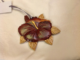 Hand carved multi colored grained wood hibiscus flower ornament double sided image 2