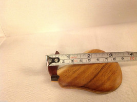 Hand carved wood Pear Refrigerator or other surface magnet image 3