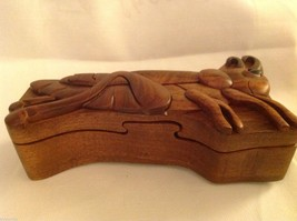Hand carved wood puzzle box cute grasshopper or cricket image 2