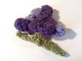 Handmade Knitted Pin Brooch Violet Purple Grapes Design image 3