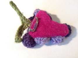 Handmade Knitted Pin Brooch Violet Purple Grapes Design image 4
