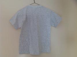 Hanes Heather Gray Chicago Bulls T-Shirt Bull Head Graphic Size Medium 10 to 12 image 4