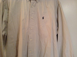 Light Gray 100 Percent Cotton Long Sleeve Ralph Lauren Shirt Size M Button Up image 4