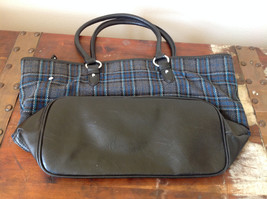 Heritage Collection by Bass Large Practical Dark Blue Gray Purse Many Pockets image 2