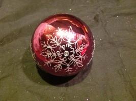 Holiday glass ornament Christmas rose or mauve mirror jeweled ball w snowflake image 6