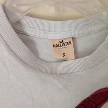 Hollister White Graphic T Shirt 100 Percent Cotton Short Sleeves Size Small image 3