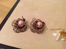 Lot of 3 pairs Floral dangling earrings, filigree metal, beads, mother of pearl image 5