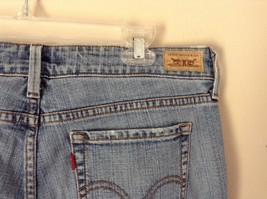 Low Boot Cut Levis Jeans Size 10 Medium Front and Back Pockets image 7