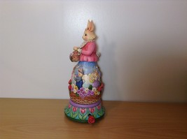Jim Shore New Easter is Coming on the Way Bunny Rabbit Music Box Carousel NIB image 2