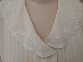 Karen Scott Cream Lace Collared Pleated Design Chiffon Top Made in Korea Size 10 image 3
