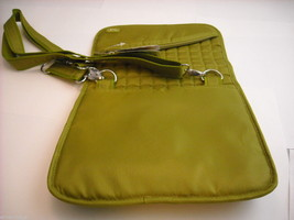 LUG Somersault Cross Body Purse Grass Green image 3