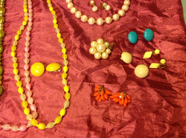 Large set of costume necklaces, earrings and a chain image 9