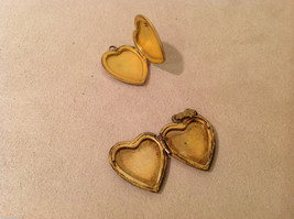 Mix Lot of 5 Vintage Charms Pendants Lockets (2 Gold Plated Hearts) image 3