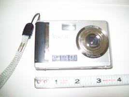 Mixed lot digital cameras Nikon Vivitar for parts restoration or repair image 5