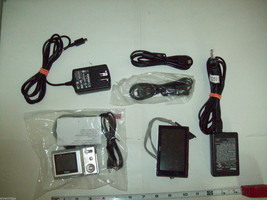 Mixed lot digital cameras Nikon Vivitar for parts restoration or repair image 3