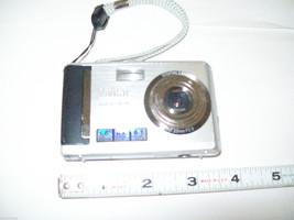 Mixed lot digital cameras Nikon Vivitar for parts restoration or repair image 6
