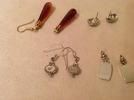 Mixed Lot of 6 pairs of earrings  on screw back vintage image 5