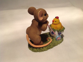 Mouse Pushing Cart Charming Tails Figurine Taking a Stroll with My Cute Chick image 6