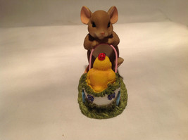 Mouse Pushing Cart Charming Tails Figurine Taking a Stroll with My Cute Chick image 3