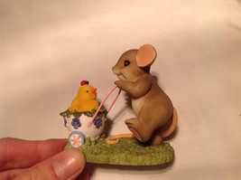 Mouse Pushing Cart Charming Tails Figurine Taking a Stroll with My Cute Chick image 9