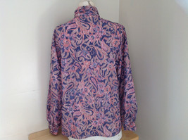 Laura Mae Pink Tan Navy Long Sleeve Button Up Blouse 3 Buttons at Neck Size M image 7