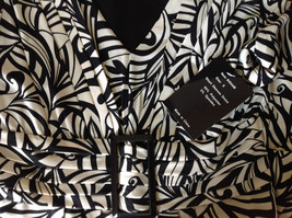 NEW Dress with Tag Black and White Design V Neck Short Sleeves Size 8 image 6